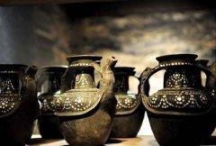 香格里拉尼西黑陶的艺术特点