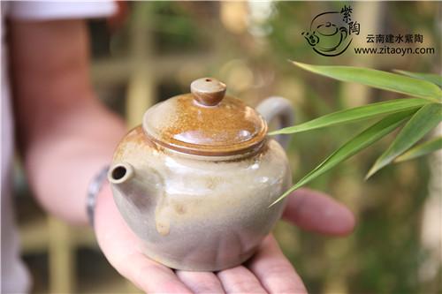 柴烧|建水紫陶柴烧与建水白陶柴烧的区别
